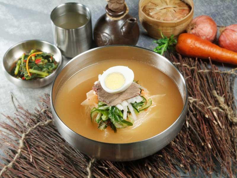 Thưởng thức món ăn mùa hè Hàn Quốc