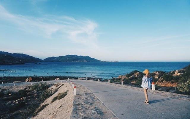 Đảo Lan Châu với khung cảnh tĩnh lặng, nên thơ